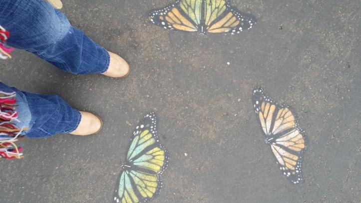 Trillos, trazos y mariposas